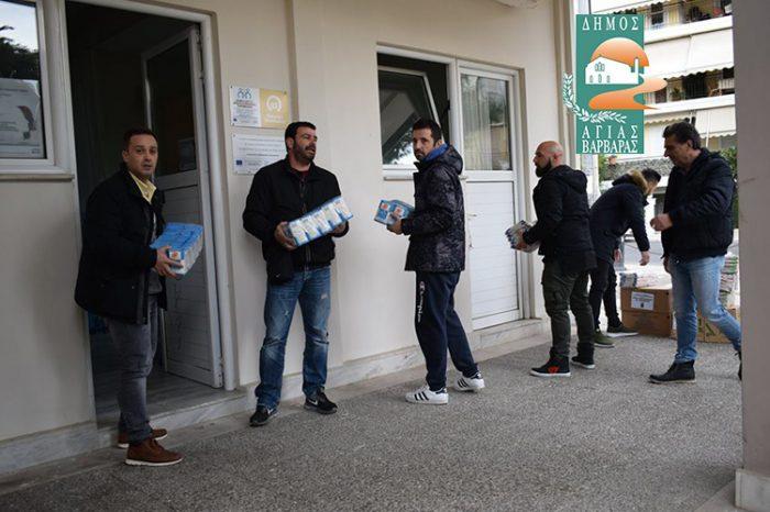 Διανομή τροφίμων για τους κοινωνικά αδύναμους από το Δήμο Αγίας Βαρβάρας