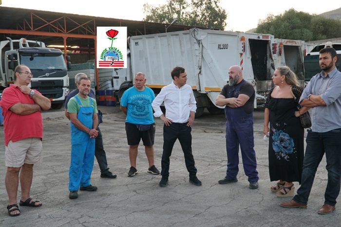 Το αμαξοστάσιο του Δήμου  Χαϊδαρίου επισκέφθηκε ο Δήμαρχος Βαγγέλης Ντηνιακός