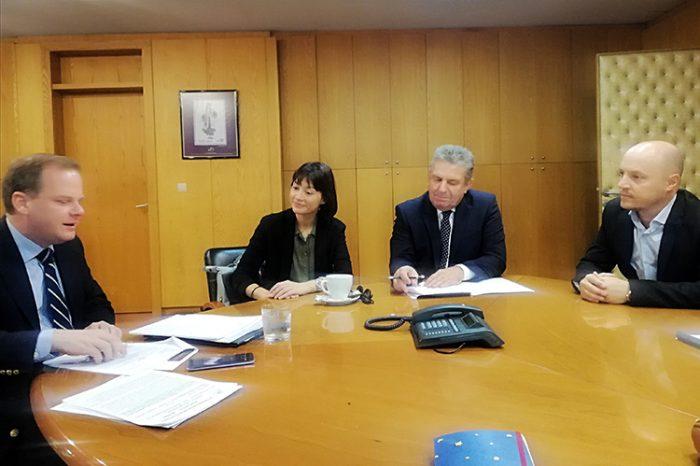 Συνάντηση της Βουλευτού Νάντιας Γιαννακοπούλου με τον Υπουργό Μεταφωρών και Υποδομών Κωνσταντίνο Καραμανλή παρουσία του Δήμαρχο Ιλίου Νίκο Ζενέτο