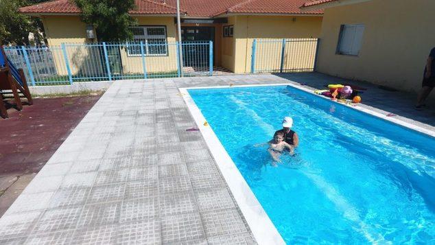 Το πρώτο ελληνικό δημόσιο σχολείο με πισίνα είναι γεγονός. Ελπίζουμε να δώσει το παράδειγμα