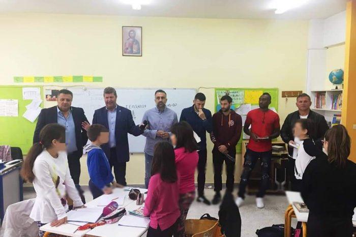 Επίσκεψη του δημάρχου Αιγάλεω Γ. Γκίκα σε δημοτικά της πόλης μαζί με κλιμάκιο της ΑΟ Αιγάλεω