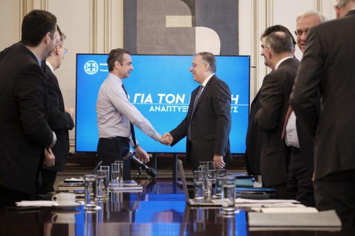 Μητσοτάκης -ΥΠΕΣ: Έρχονται εννέα νέοι νόμοι για Αυτοδιοίκηση, Δημόσιο, ΑΣΕΠ (βίντεο)