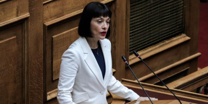 Δήλωση Νάντιας Γιαννακοπούλου για τον θάνατο του Τόλη Βοσκόπουλου: Σήμερα θρηνεί το ελληνικό τραγούδι