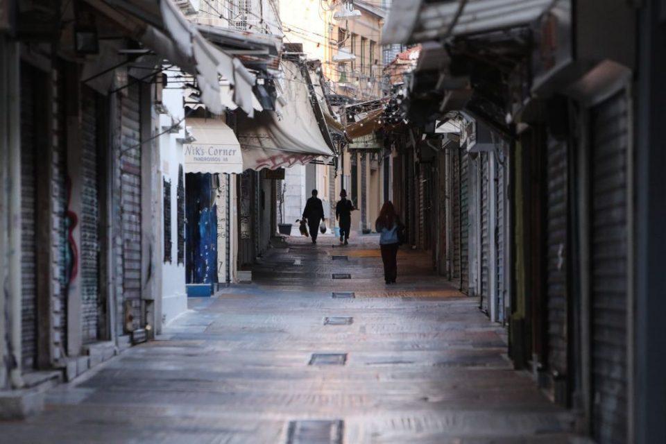 Μητσοτάκης: Καθολικό lockdown στην Αττική από την Πέμπτη για 2 εβδομάδες- Κλείνουν καταστήματα και σχολεία