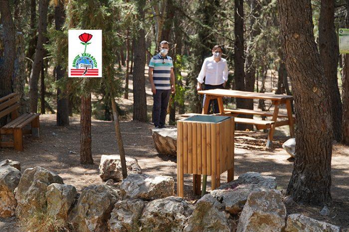 Καινούργιος αστικός εξοπλισμός για τους επισκέπτες στο Άλσος του Δαφνιού