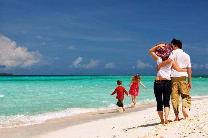 Κοινωνικός Τουρισμός: Ανοιξαν οι συμμετοχές τουριστικών καταλυμάτων και ακτοπλοϊκών εταιριών